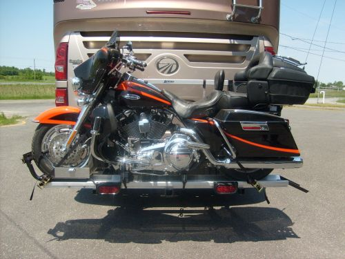 RV Motorcycle Lift, One Person Operation